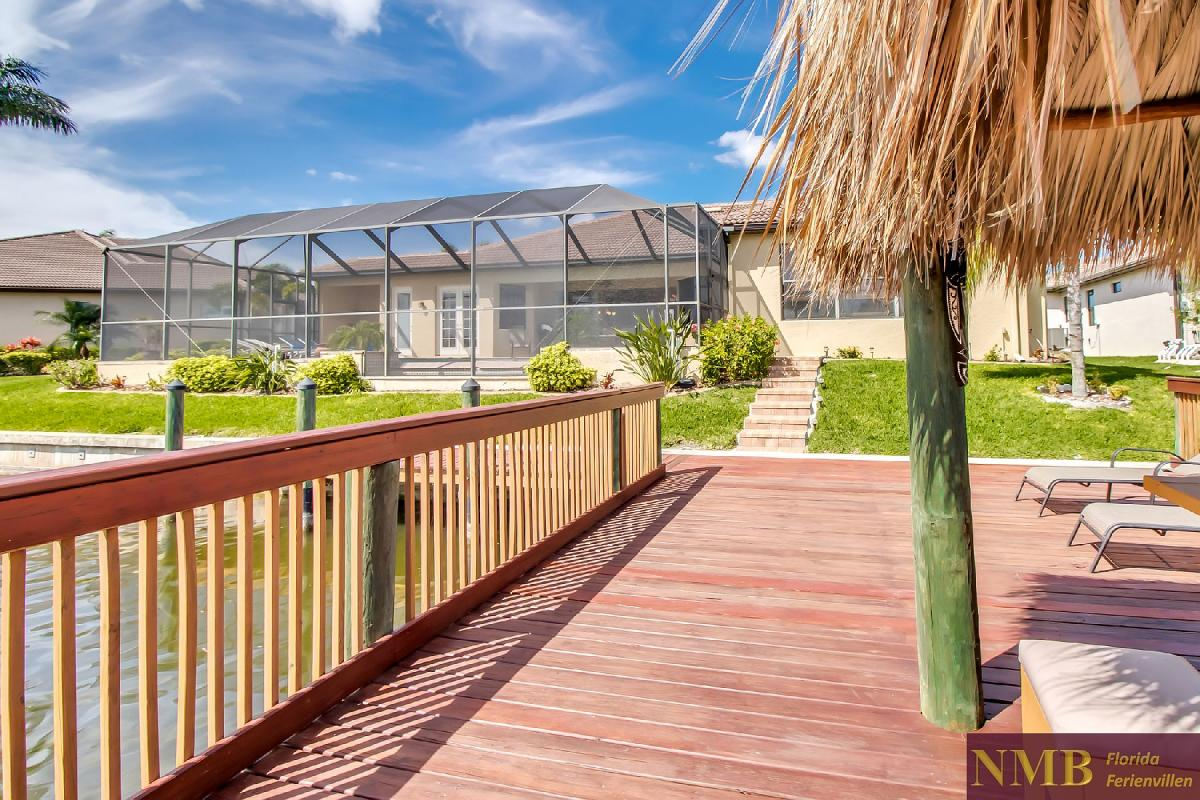 Ferienhaus-Sea-Pearl-Cape-Coral_Back_of_House