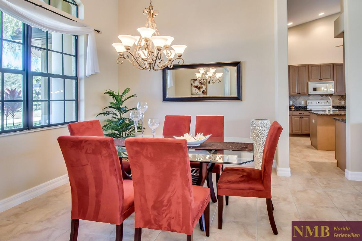 Ferienhaus-Sea-Pearl-Cape-Coral_Formal_Dining_Room
