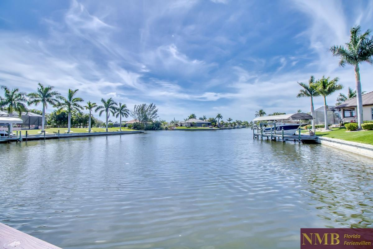 Ferienhaus-Sea-Pearl-Cape-Coral_Large_Canal