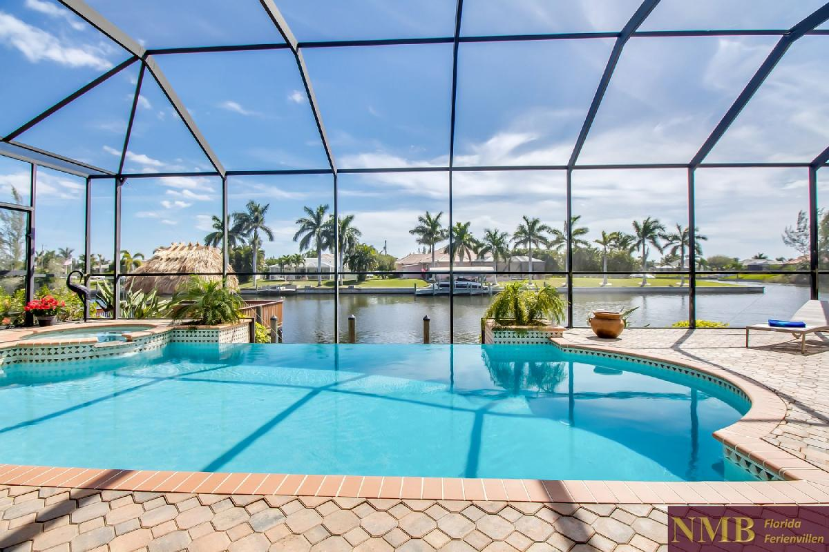 Ferienhaus-Sea-Pearl-Cape-Coral_Pool