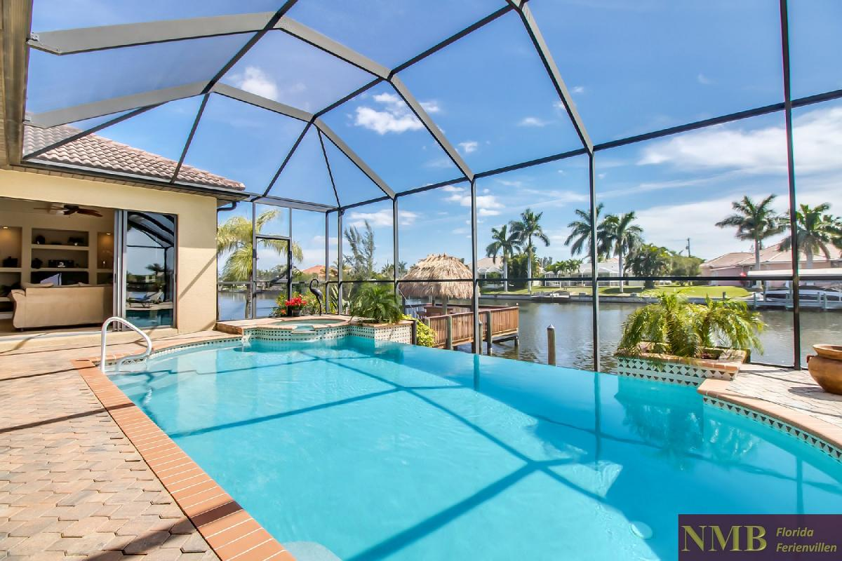Ferienhaus-Sea-Pearl-Cape-Coral_Pool_1