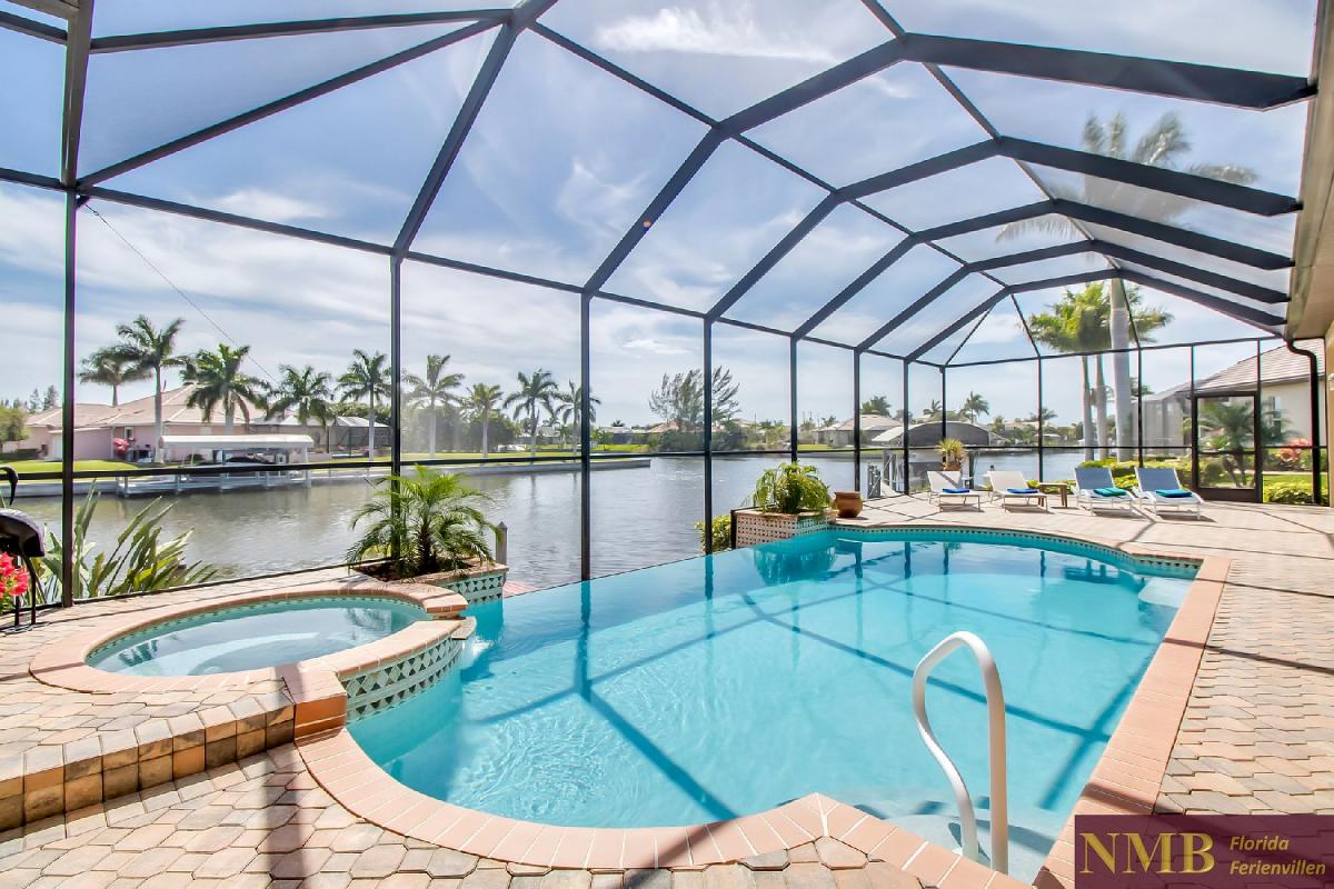 Ferienhaus-Sea-Pearl-Cape-Coral_Pool_2