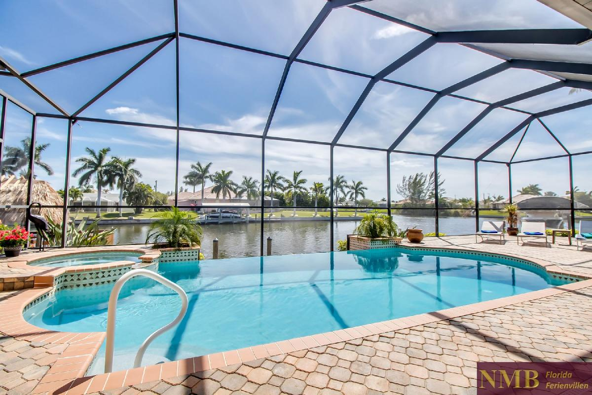 Ferienhaus-Sea-Pearl-Cape-Coral_Pool_3