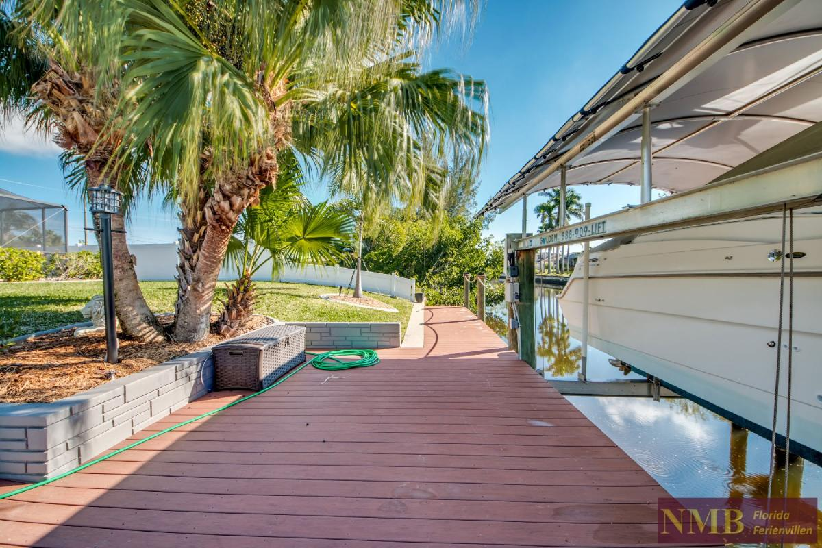 Vacation Home Lions Garden_Dock