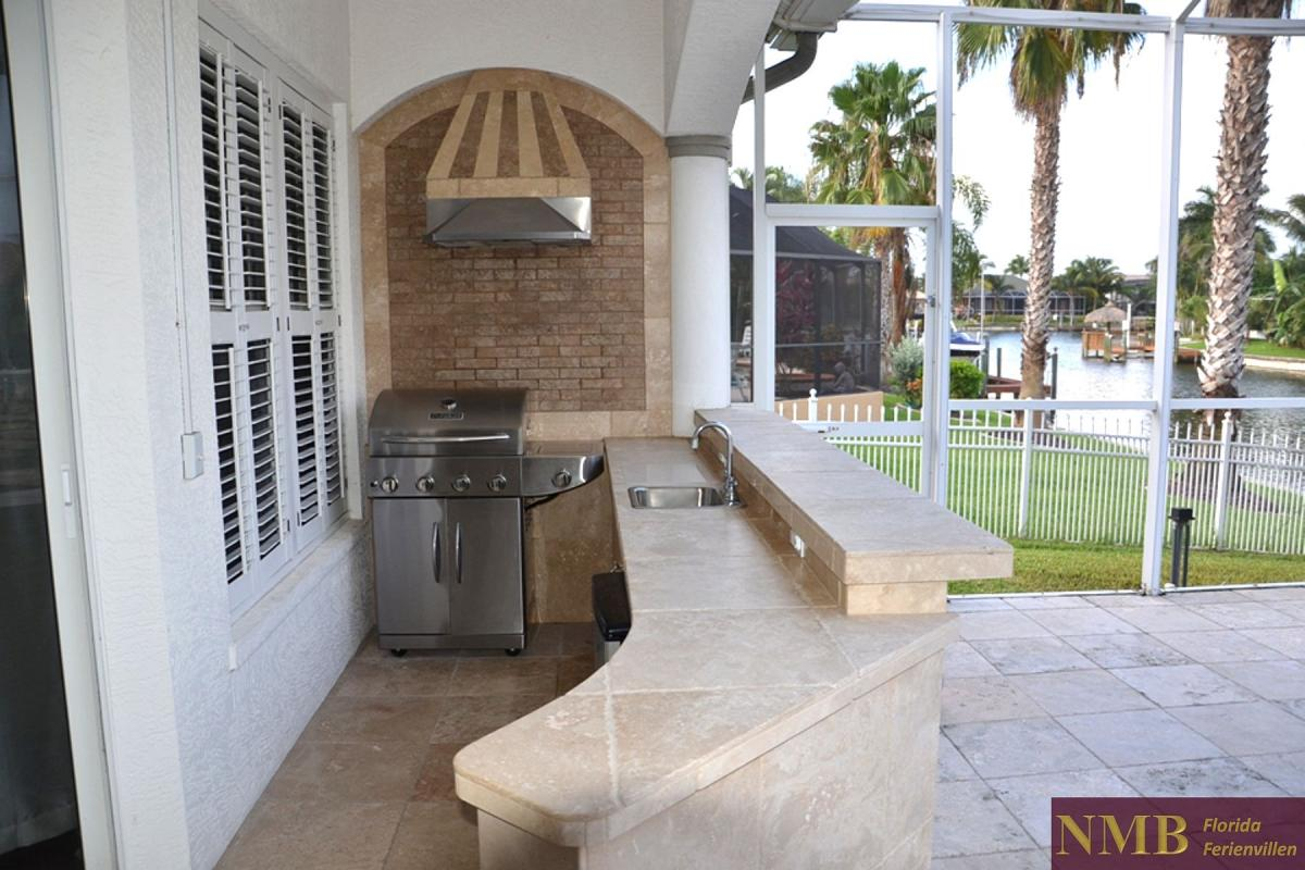 Ferienhaus_Cape_Coral_Liberty_outdoor-kitchen-02