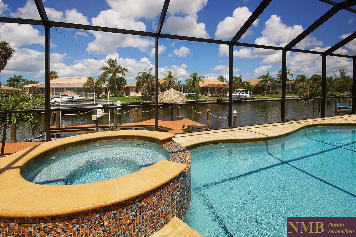 Ferienhaus_Cape_Coral_Sunlight-pool-03