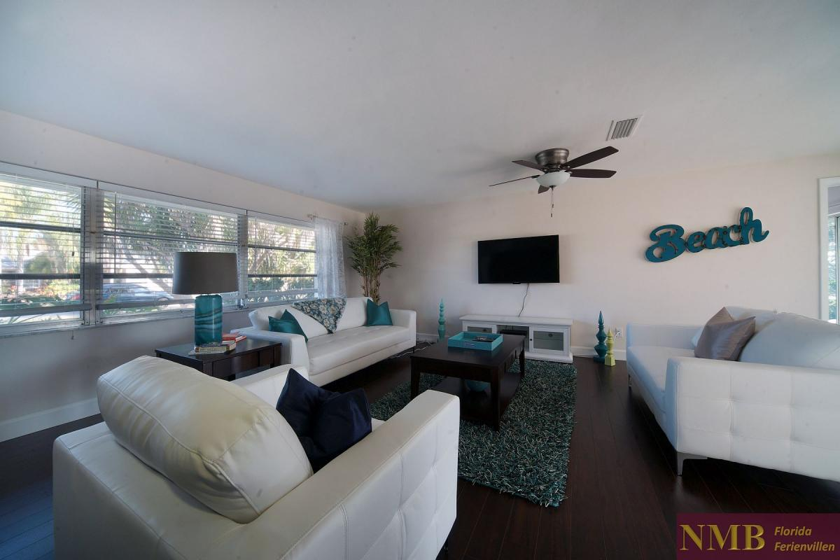 Ferienhaus_Cape_Coral_Sandy-Beach-living-01