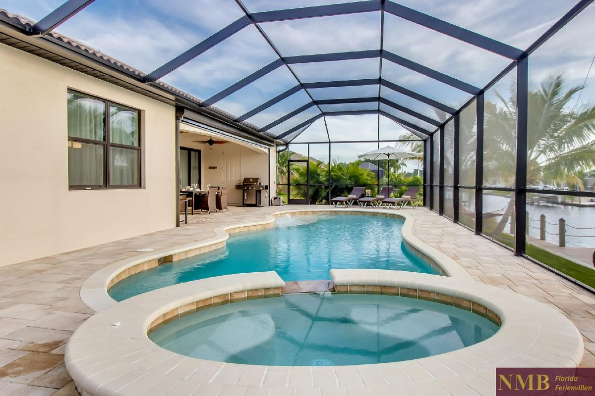 Ferienhaus-Felicity-Cape_Coral-Hot_Tub
