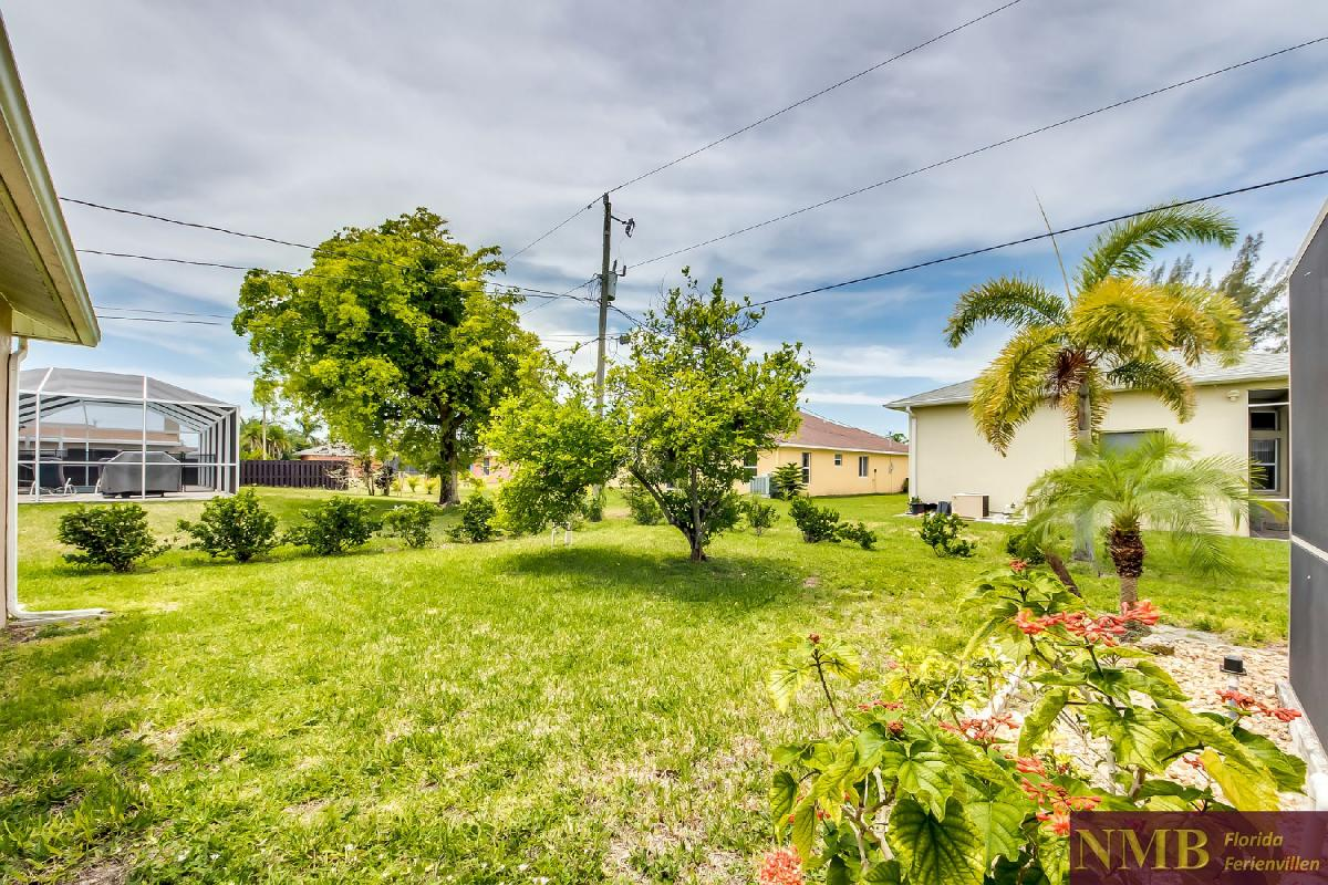 Ferienhaus_Sunset_Cape-Coral-Back_Yard