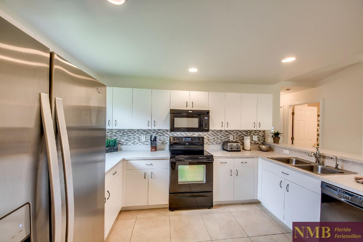 Ferienhaus_Sunset_Cape-Coral-Kitchen