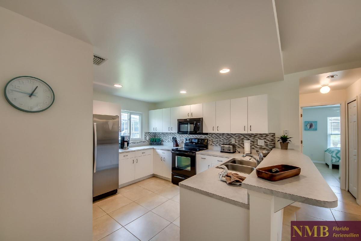 Ferienhaus_Sunset_Cape-Coral-Kitchen_2
