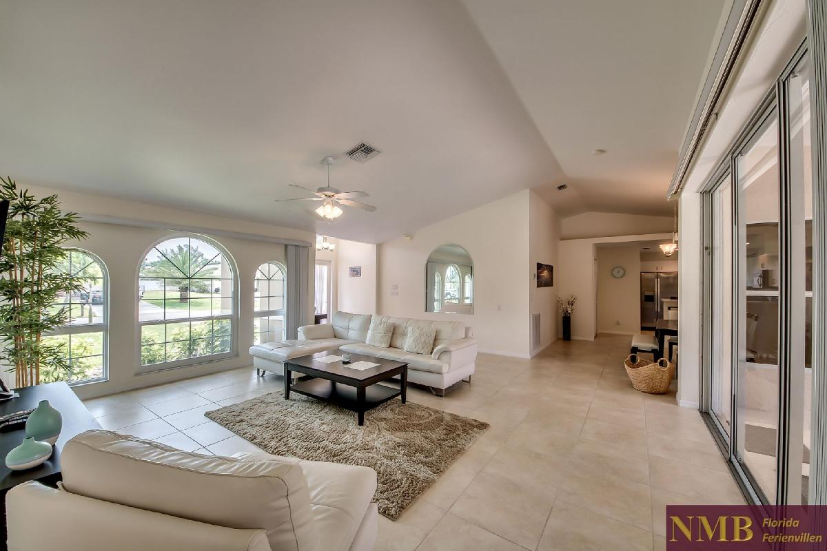 Ferienhaus_Sunset_Cape-Coral-Living_Room