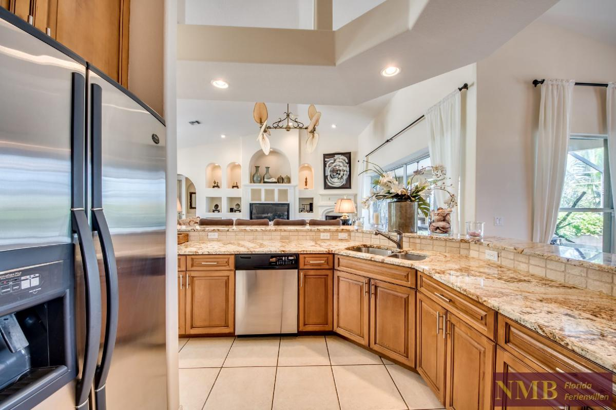 Palm_Beach-Kitchen_2