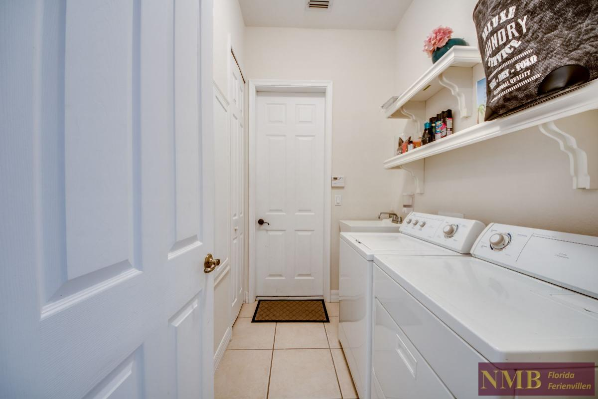 Palm_Beach-Laundry_Room