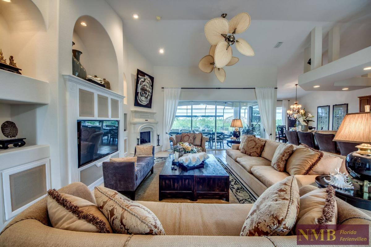 Palm_Beach-Living_Room2