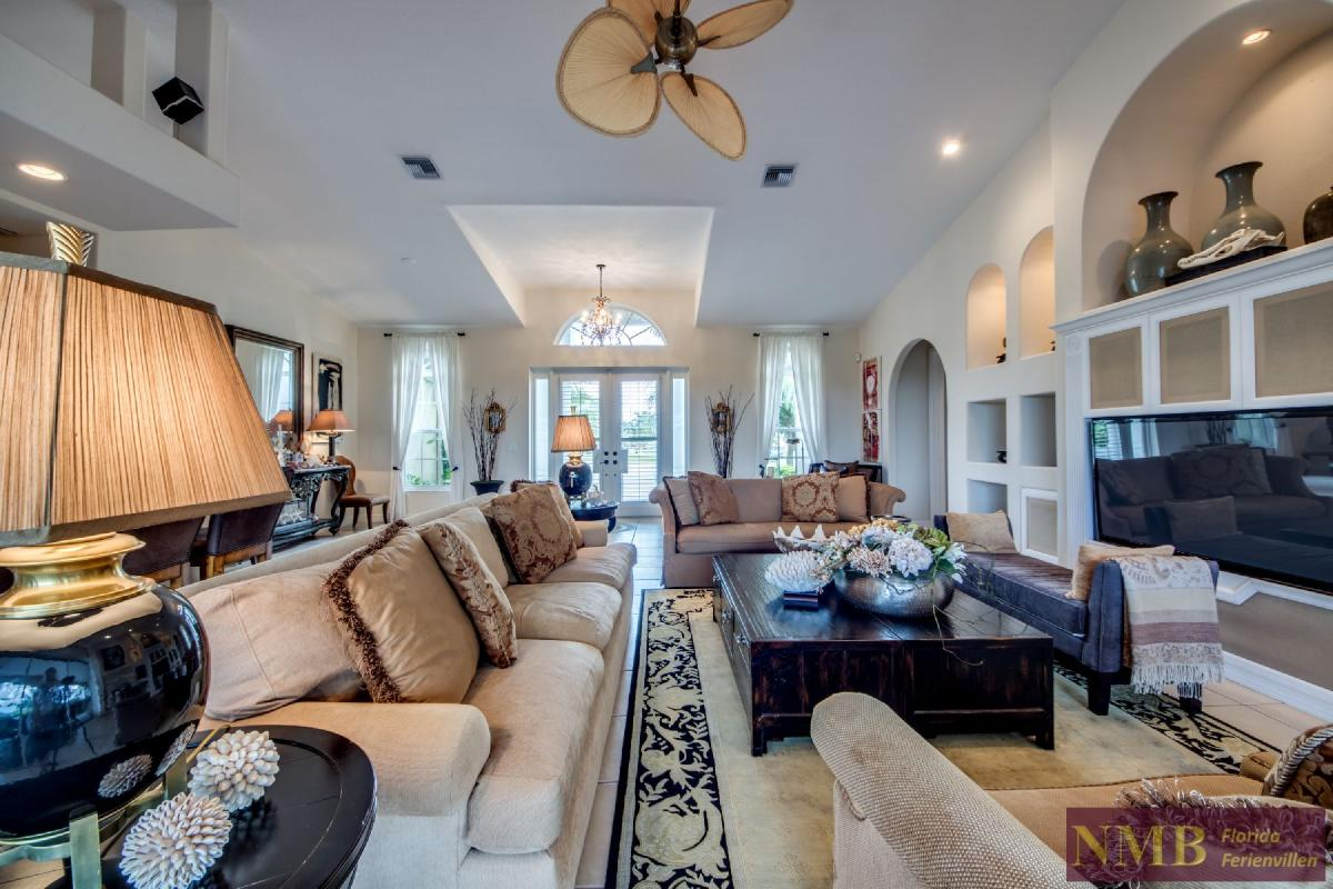 Palm_Beach-Living_Room_2