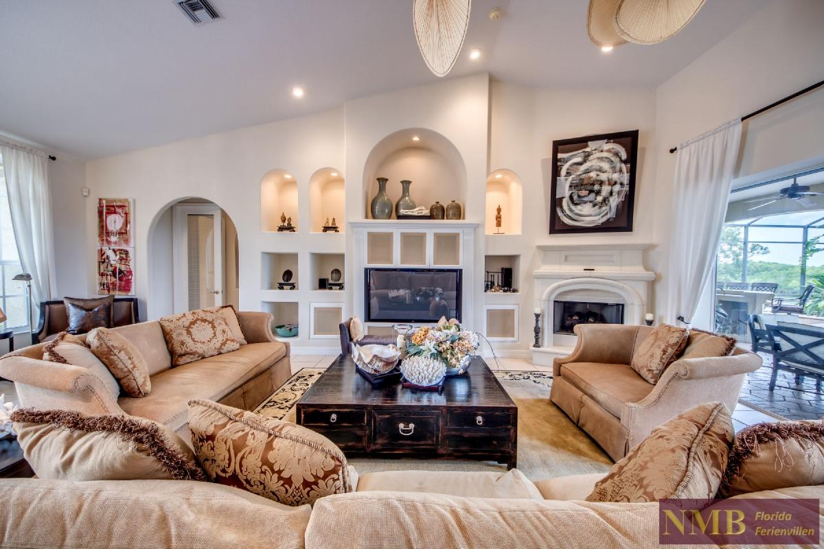 Palm_Beach-Living_Room_5