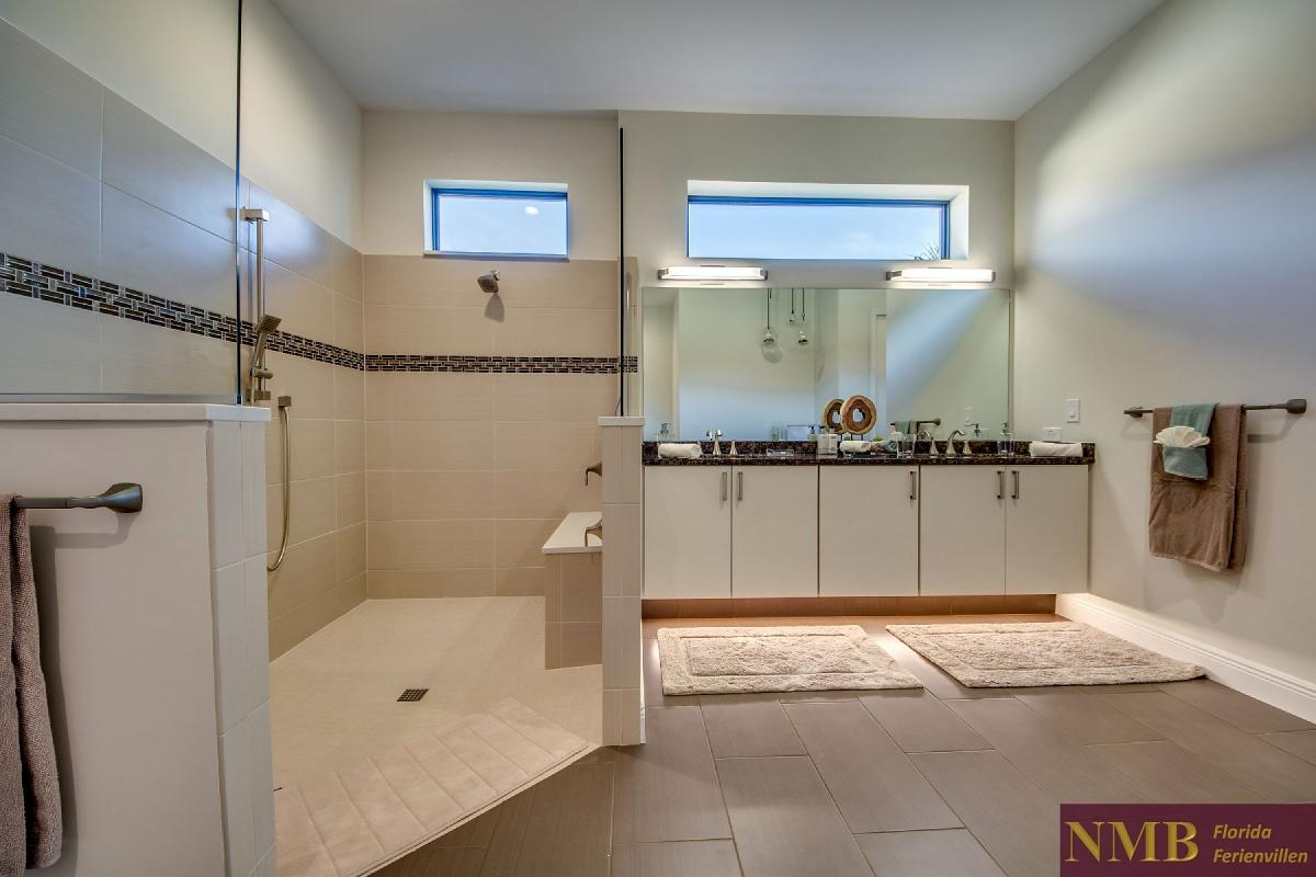 Ferienvilla_Horizon-Master_Bathroom_2