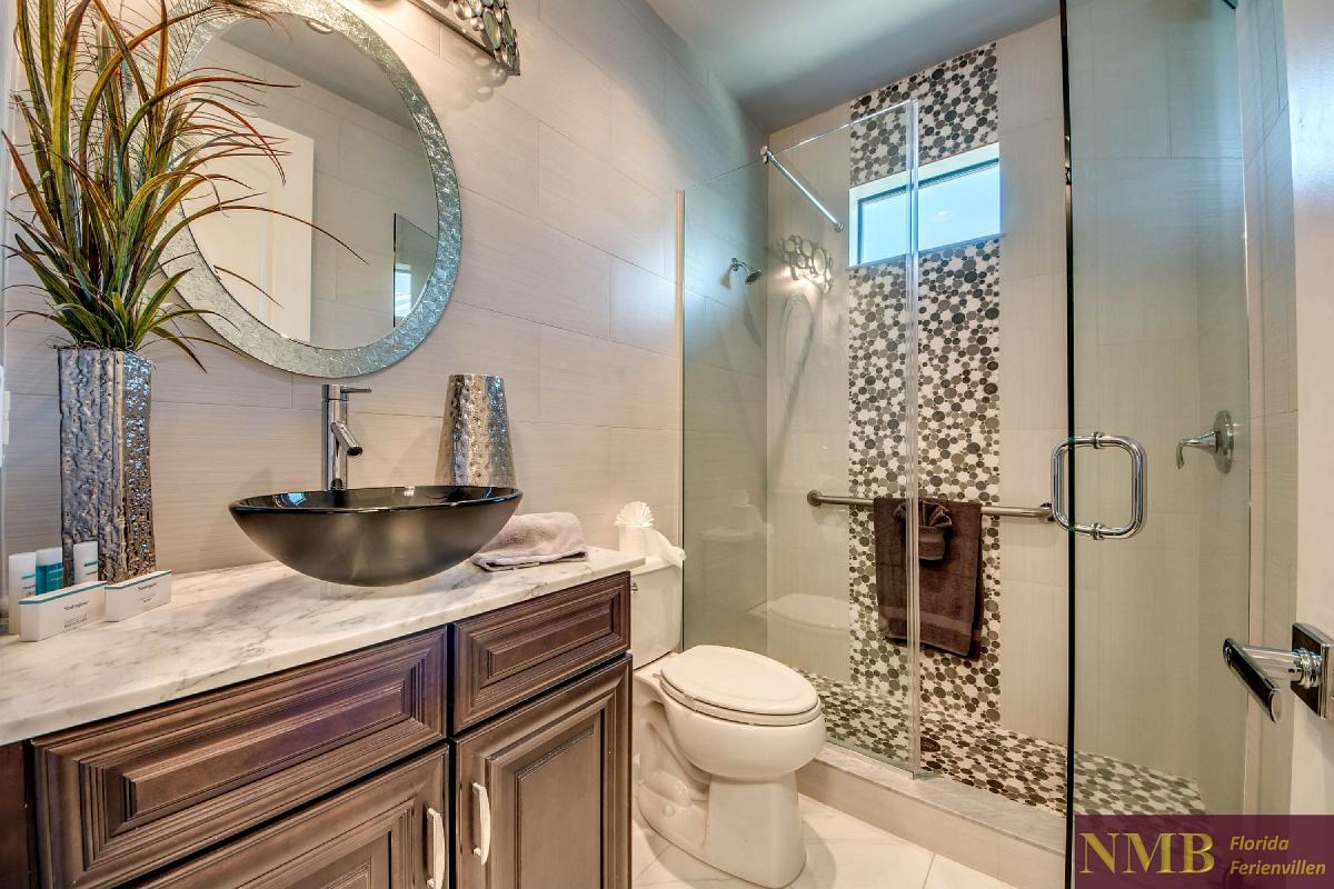 Ferienvilla_Silversands_Guest_Bathroom