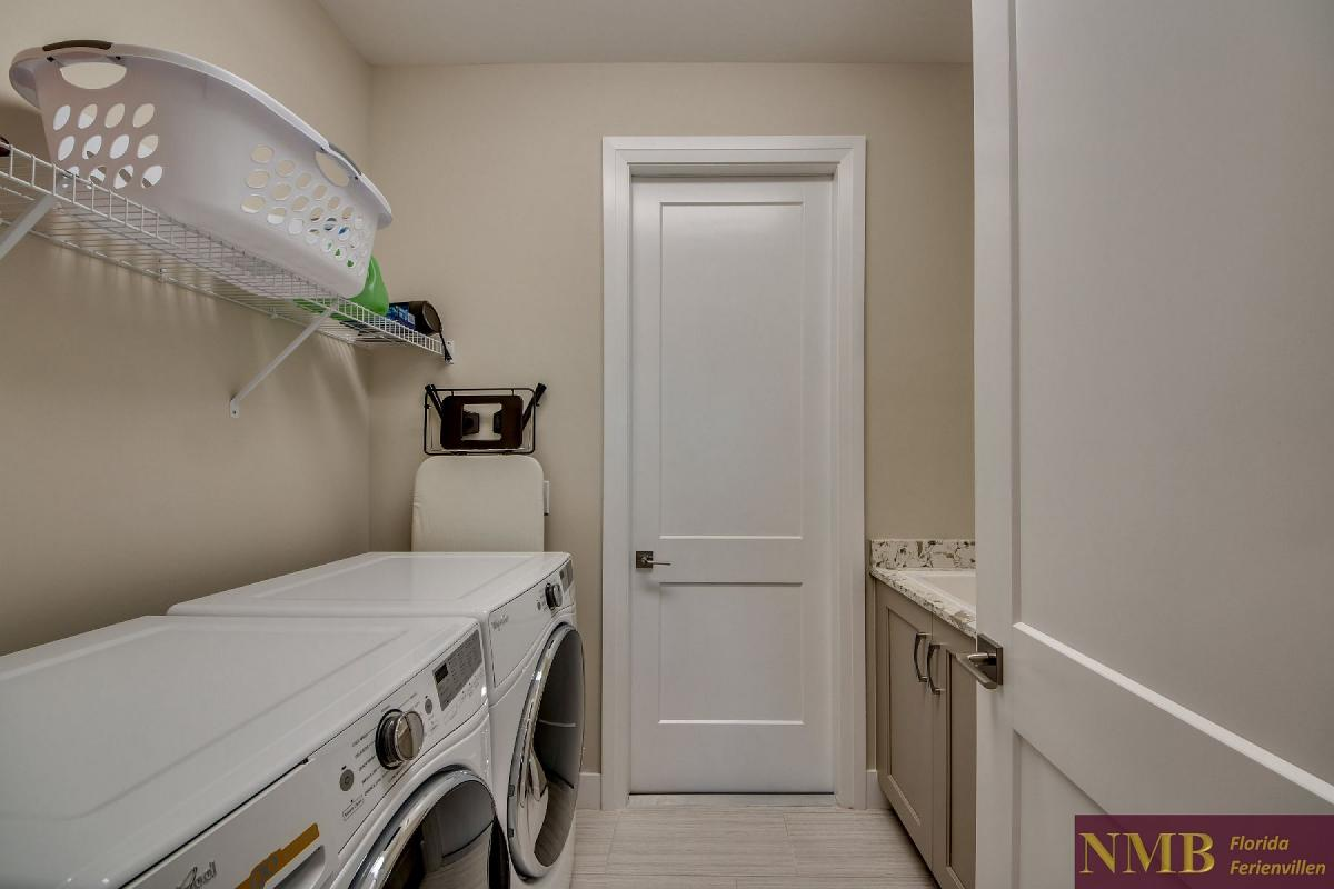 Ferienhaus_Clifton_Bay_Laundry_Room
