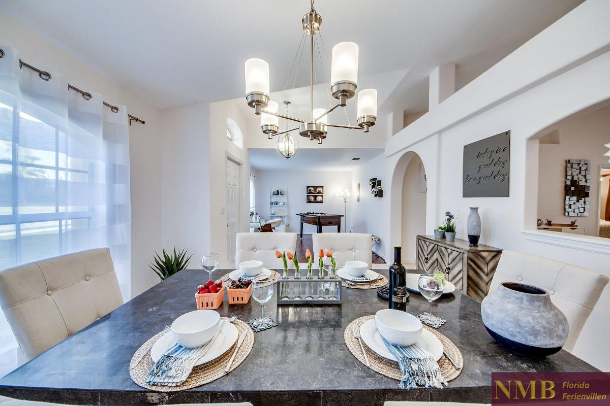 Ferienhaus_Desirade_Dining_Room_1