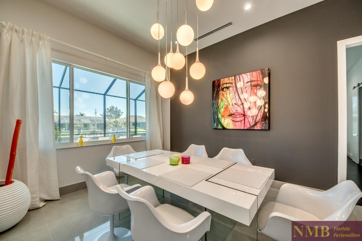 Vacation-Rental-Cape-Coral-Next-Level_Dining_Room_1