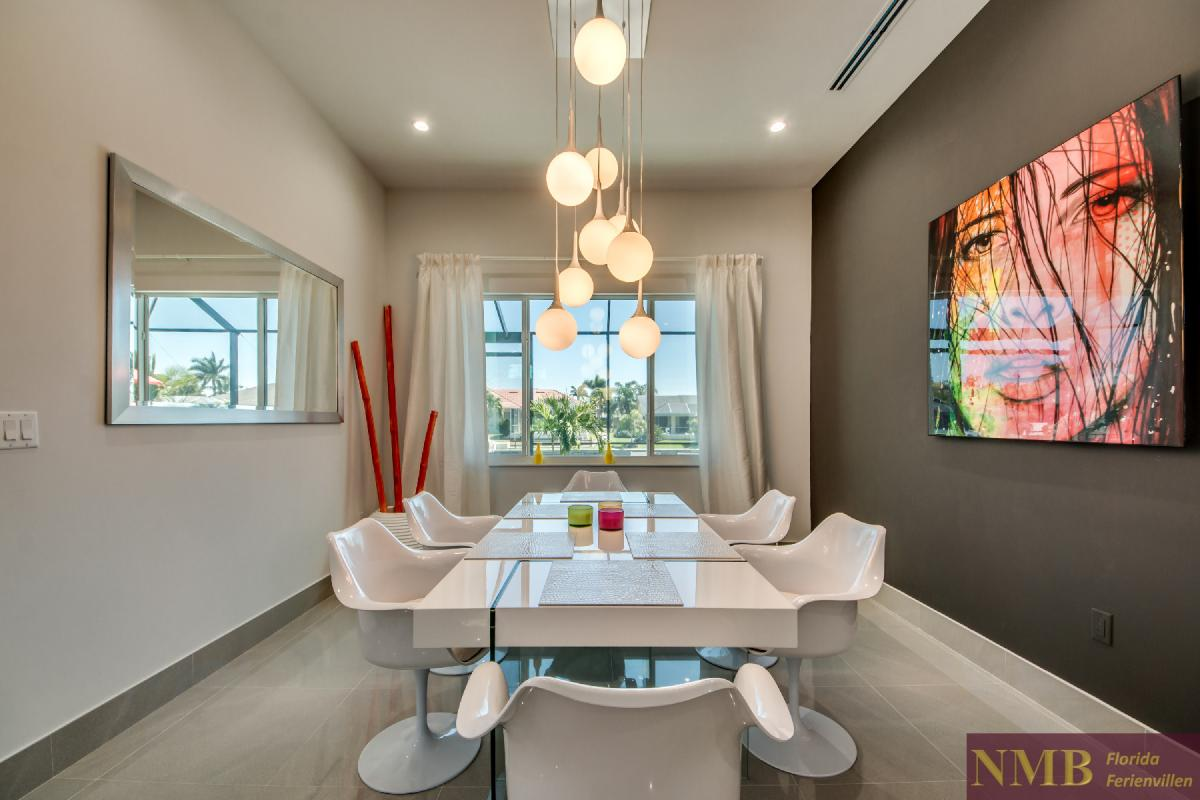Vacation-Rental-Cape-Coral-Next-Level_Dining_Room_3
