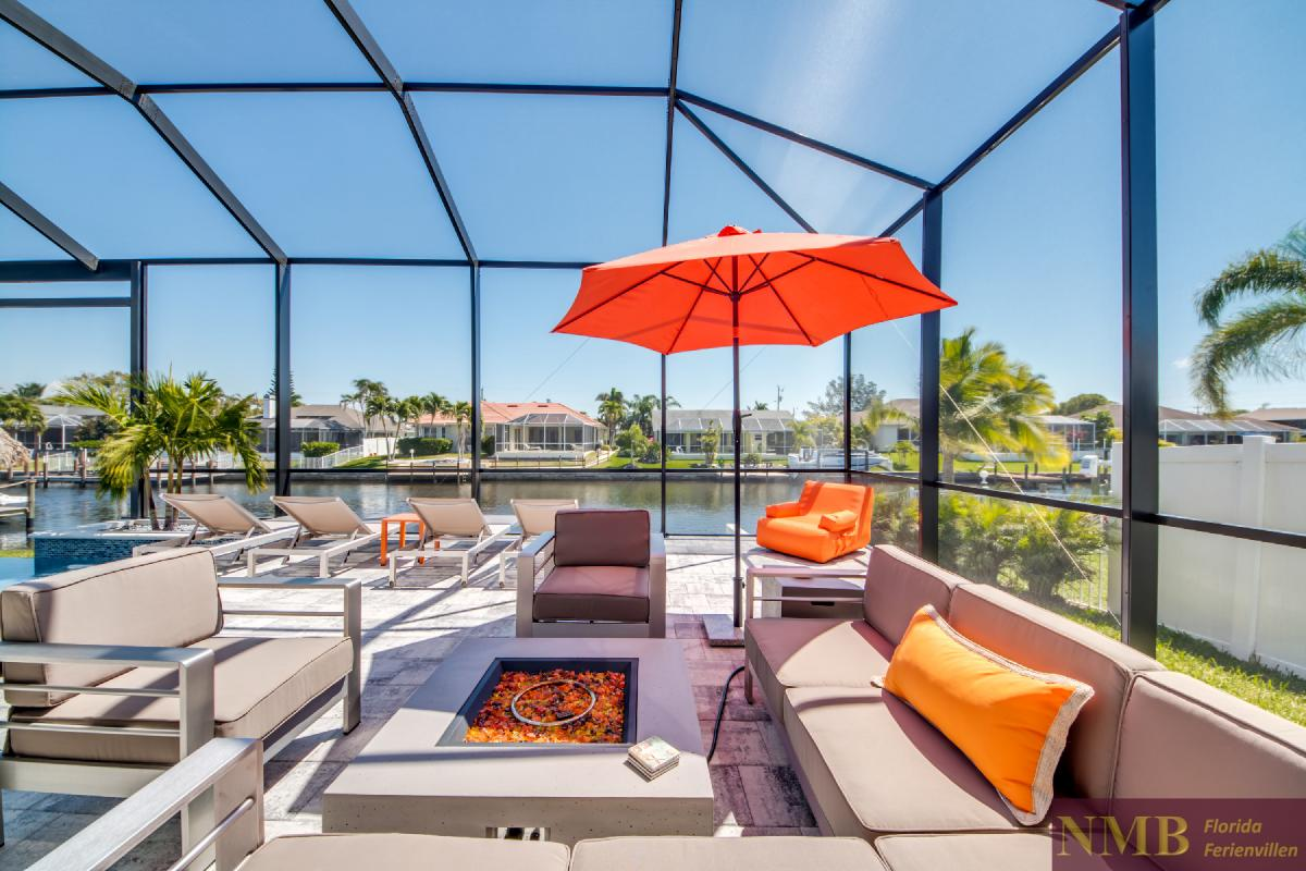 Vacation-Rental-Cape-Coral-Next-Level_Sitting_Area_1