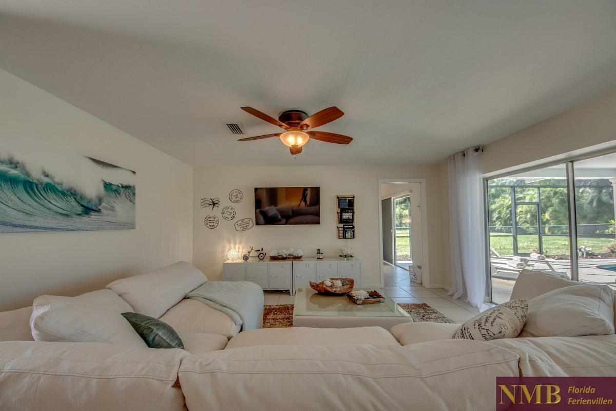Ferienhaus-Cape-Coral-Cozy-Island_10-Family Room