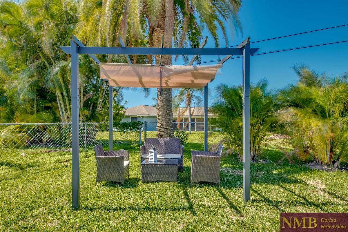 Ferienhaus-Cape-Coral-Cozy-Island_53-Backyard