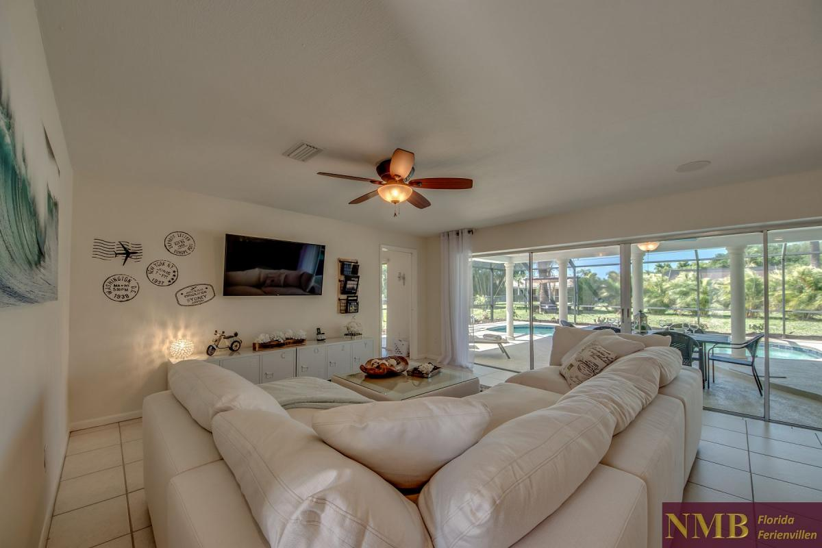 Ferienhaus-Cape-Coral-Cozy-Island_8-Family Room