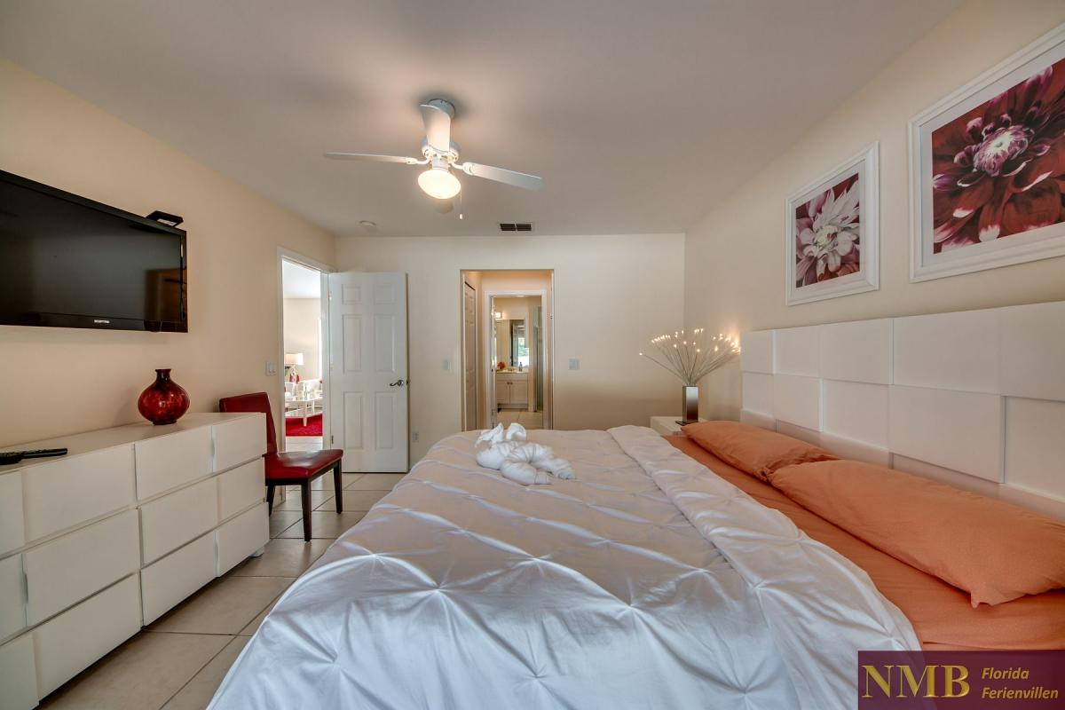 Ferienhaus-Florida-Orange-Blossom_Master_Bedroom_2